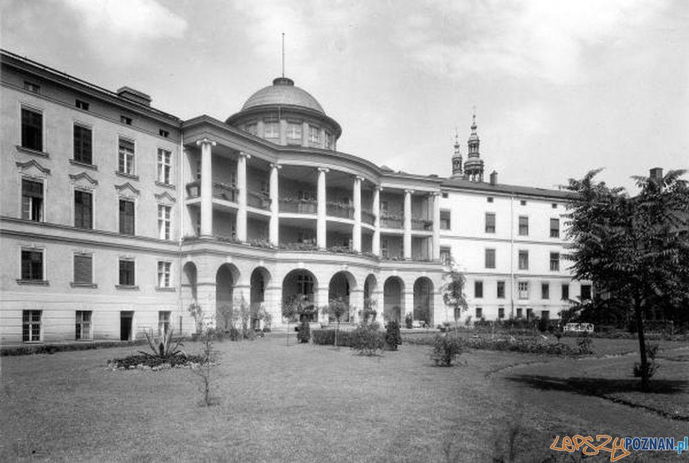 Szpital Przemienienia Pańskiego, lata międzywojenne XX w  Foto: Archiwum Szpitala