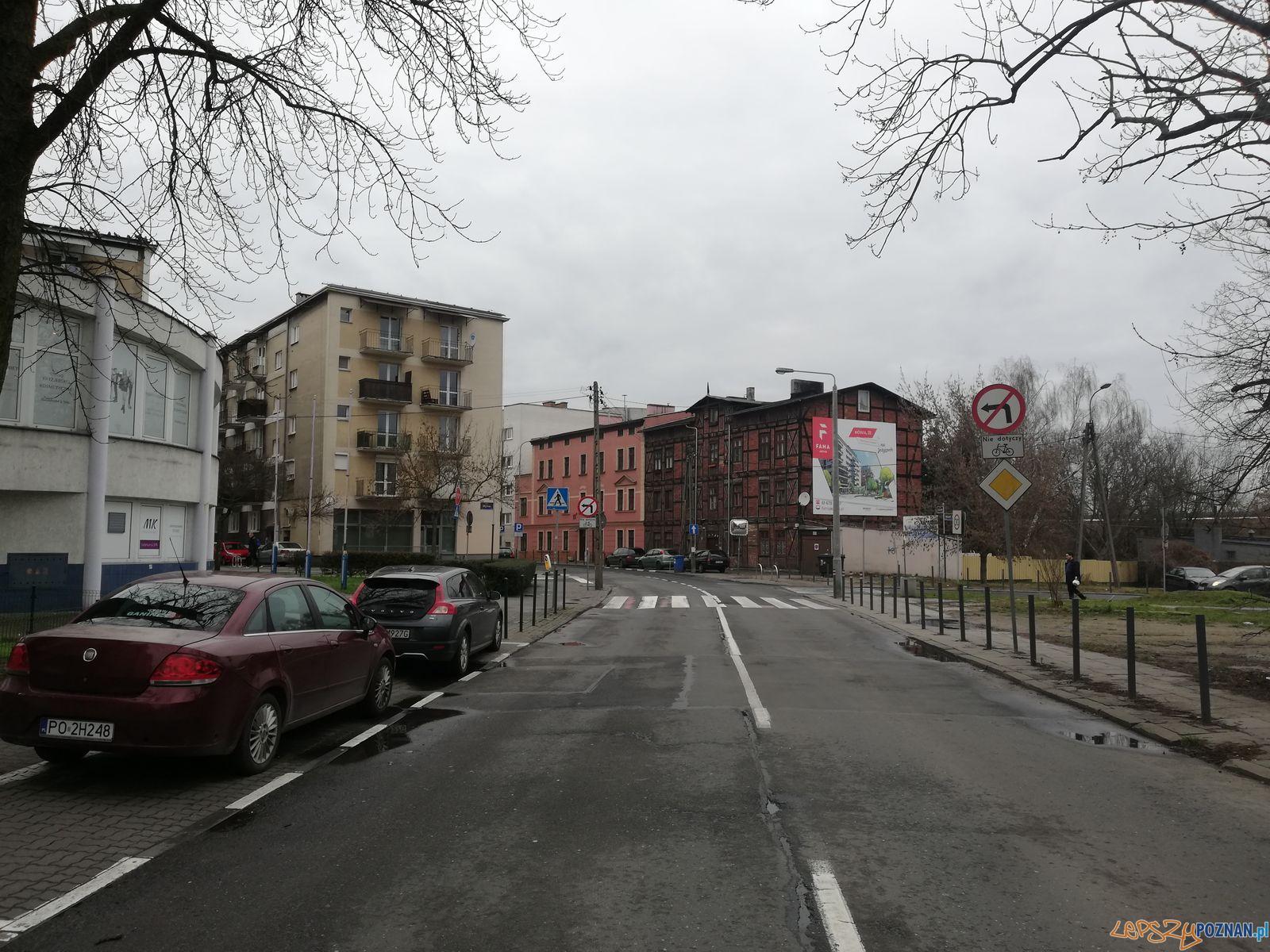 Kamienica szachulcowa, ul. Jeżycka  Foto: Tomasz Dworek