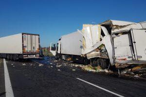 Wypadek na S5 pod Kostrzynem  Foto: KWP