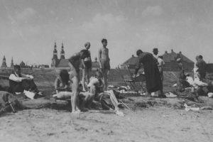 Warta plaza - 1933  Foto: Narodowe Archiwum Cyfrowe / domena publiczna