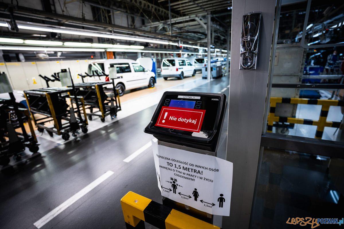 Volkswagen Poznań - pandemia Foto: Visionathor